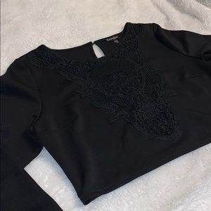 EXPRESS - Lace cropped Black long sleeve